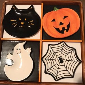 Other - Halloween ceramic mini plate set